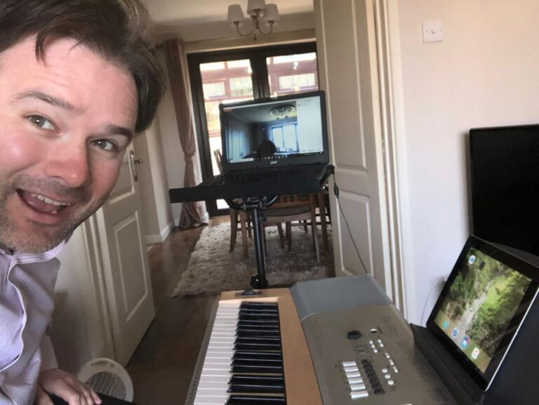 Mr Painter ready to teach Musical Theatre remotely