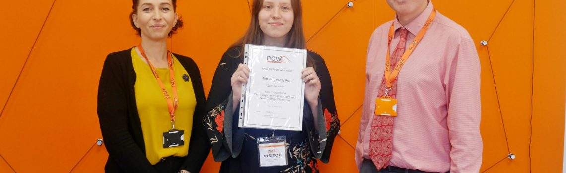 Zoe awarded with a certificate from Modern Foreign Languages